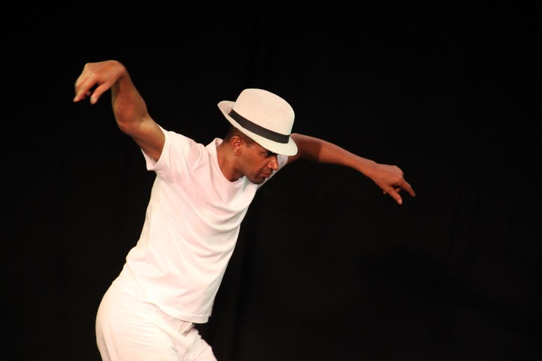 Documentário Um filme de dança tem exibição inédita em Salvador
