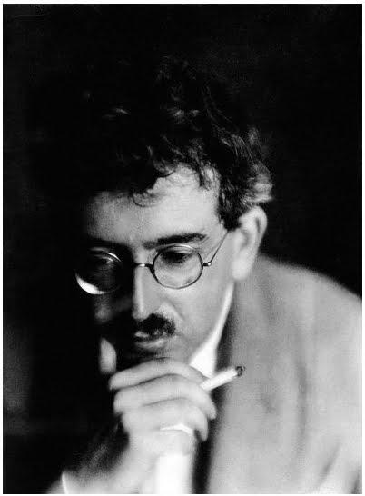 Walter Benjamin: Reflexões sobre o Tempo e a memória em O Narrador