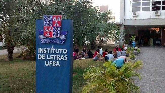 Departamento de Letras Vernáculas do ILUFBA divulga seleção para monitoria de graduação em 2017.2