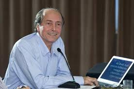 Professor do PPGEISU, Naomar de Almeida Filho, analisa o corte de orçamento das universidades federais