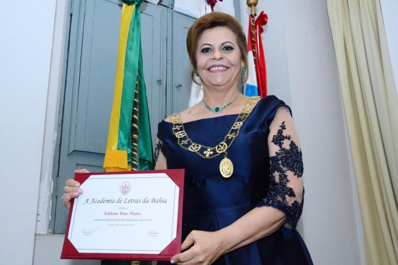 Professora Edilene Matos assume a vice-presidência da Academia de Letras da Bahia